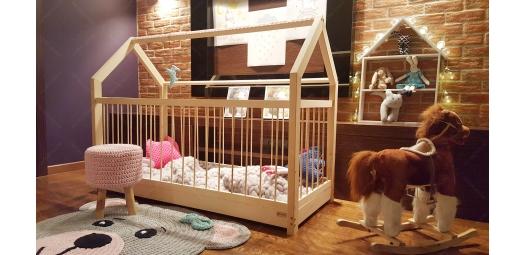 Łóżko domek kojec z barierkami Dalia w stylu skandynawskim